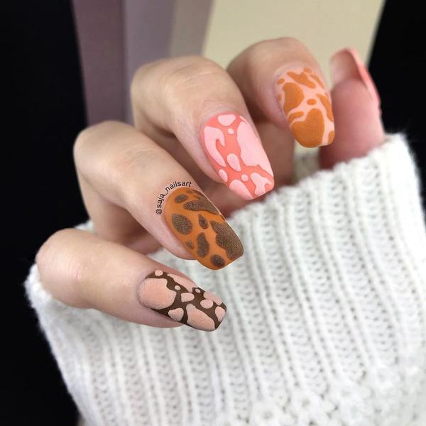 Фото №5 - Skittle nails: 12 идей конфетного маникюра