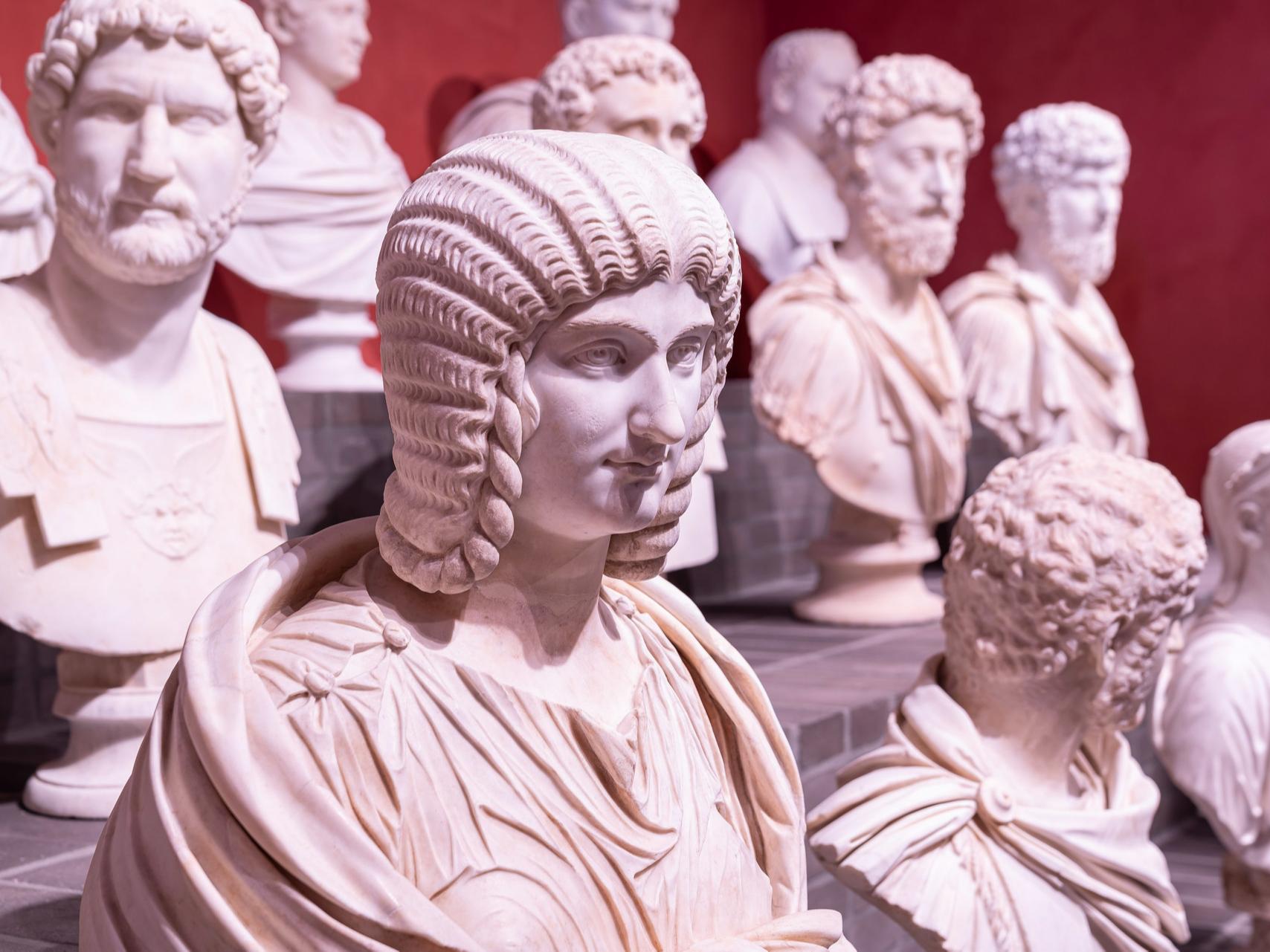 Мрамор Торлонии: реставрация вернула публике 92 бесценных изваяния