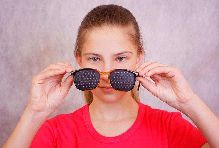 Очки с дырочками, очки-тренажеры, метод Бейтса