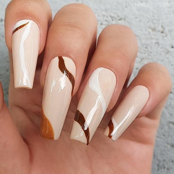 Фото №1 - Балерина: самая модная форма ногтей 2021🩰