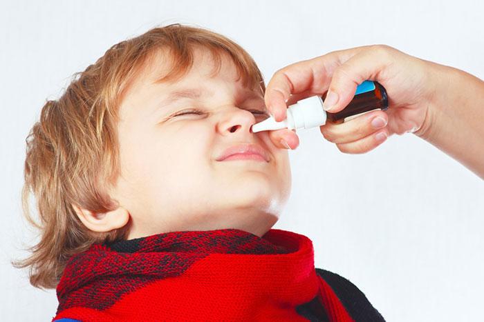 Фото №1 - У ребенка насморк: от чего и чем лечить