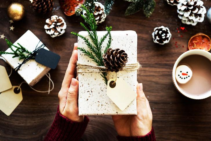 Фото №2 - Дизайнер назвала 10 вещей, которые нельзя дарить на Новый год