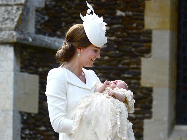 Фото №23 - Общий гардероб: 10 раз, когда Джордж, Шарлотта и Луи носили одежду друг друга