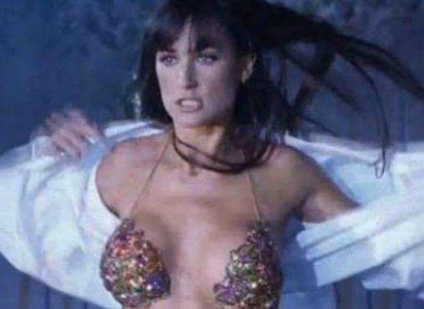 Фото №15 - Секс-символы культового кино 20 лет спустя: что с ними стало