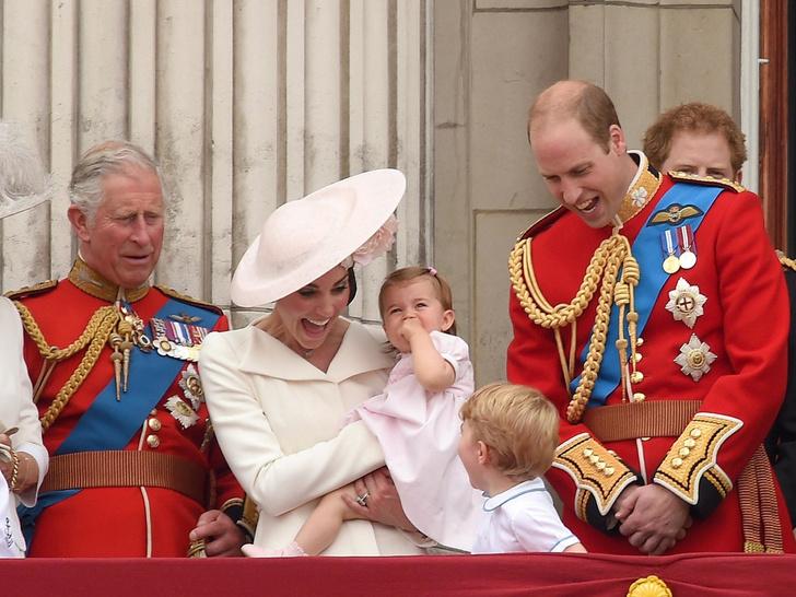 Фото №4 - Любимый дедушка: как Арчи Сассекский называет принца Чарльза