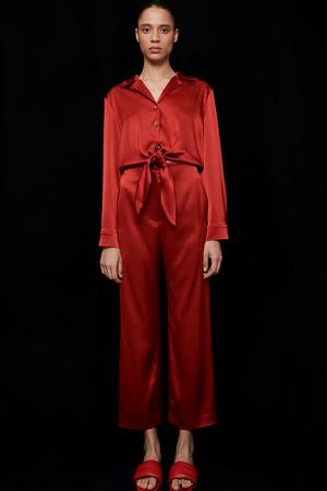 Фото №13 - Lady in red: Nanushka представили коллекцию в честь Китайского Нового года