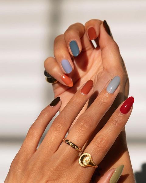 Фото №1 - Маникюр 2021: все про модный дизайн ногтей