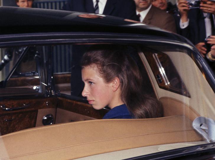 Фото №2 - Принцесса без образования: почему Анна— единственная из детей Королевы, кто не учился в колледже