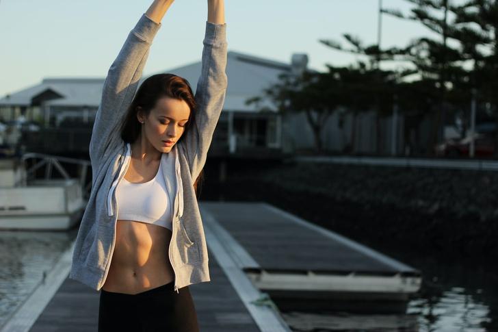 Фото №1 - Без голода и тренировок: как навсегда избавиться от жира на животе