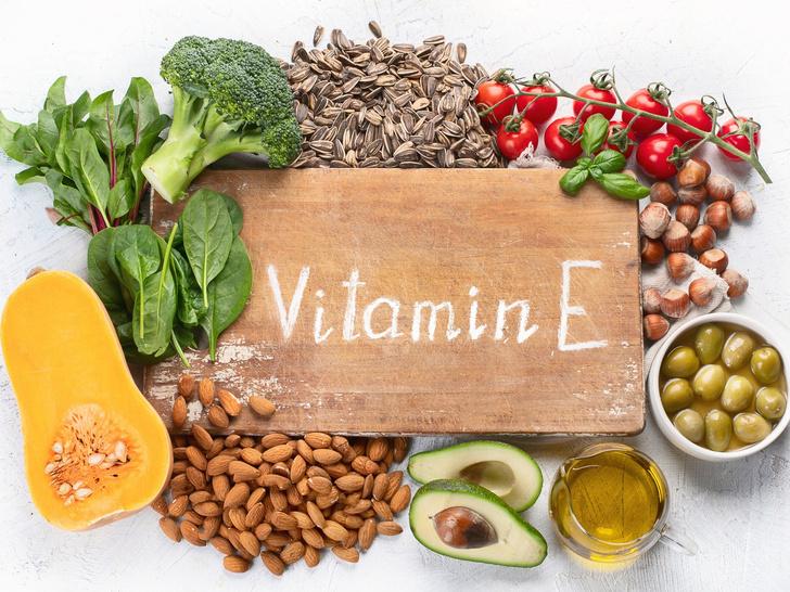 Фото №3 - 5 главных витаминов для красивых волос (и в каких продуктах их искать)
