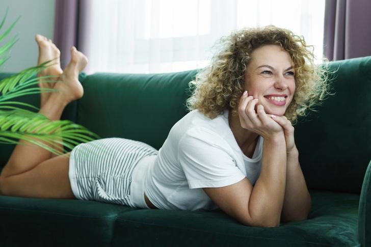 Фото №3 - Тренажерный зал— не для нас: как похудеть, не вставая с дивана