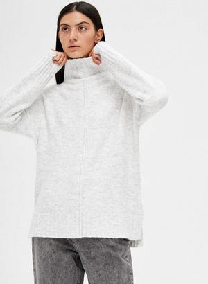 Фото №7 - 5 классных свитеров как у Селены Гомес