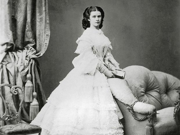 Фото №10 - Баварская роза: история Елизаветы Австрийской— самой красивой и несчастной императрицы Европы