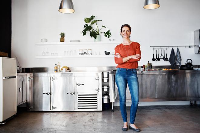 Фото №1 - Как почистить энергетику в квартире: 7 надежных способов