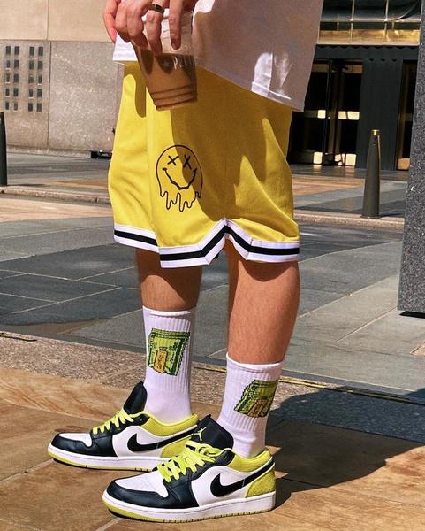Фото №3 - Как не бояться носить яркую одежду, если ты парень: учимся у Гэри из XO Team