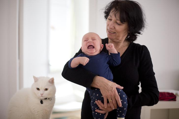 Фото №3 - Вредные советы: как бабушки портят жизнь молодым родителям