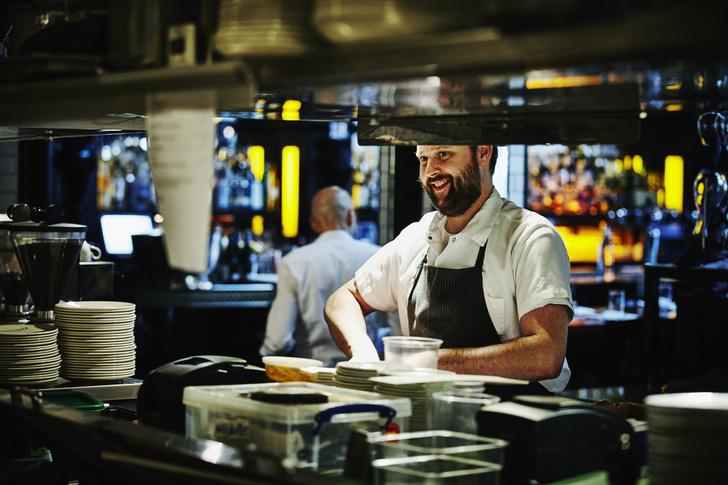 Фото №2 - 5 грязных ресторанных секретов, о которых надо знать