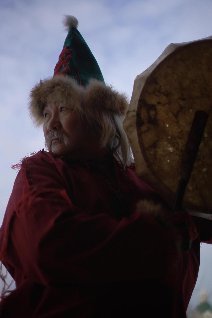 Фото №7 - Круговой обзор: секреты одеяния и атрибутов сибирских шаманов