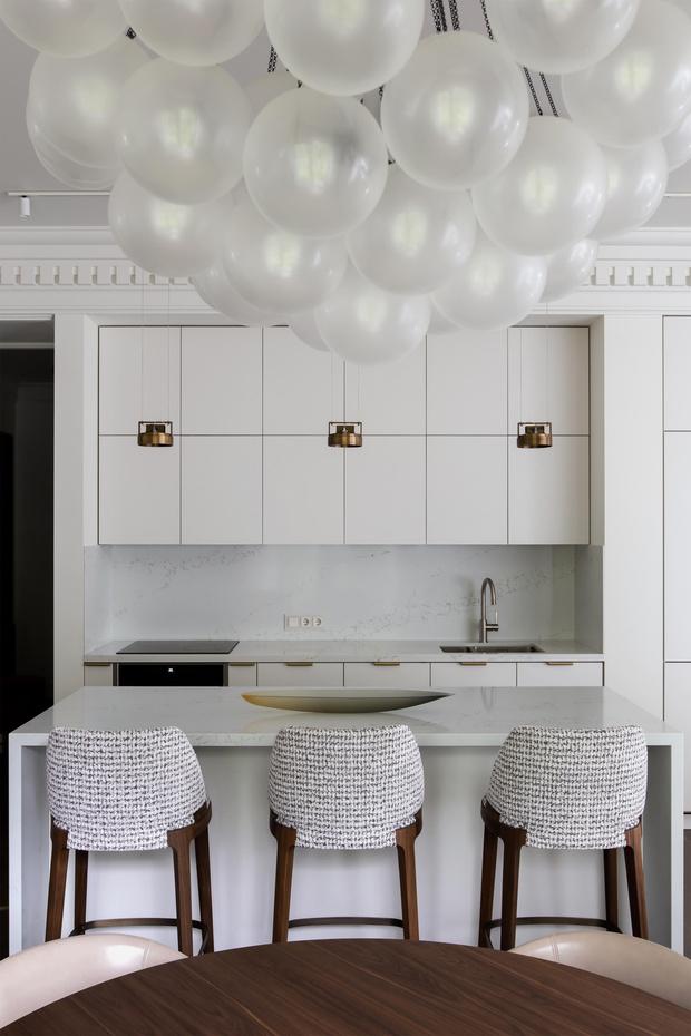 Фото №1 - Белый плюс ваниль: московская квартира 145 м²