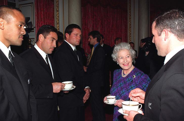 Фото №2 - К чаю: что королевские особы предпочитают есть на полдник
