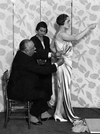 Фото №4 - Король стиля: как Поль Пуаре придумал «хромые юбки», освободил женщин от корсетов и заново изобрел моду