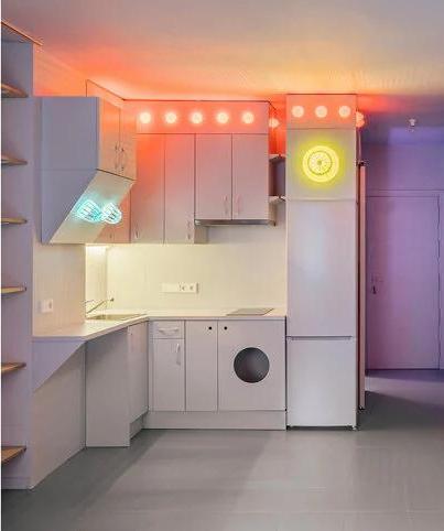 Фото №7 - Симфония цвета: маленькая многофункциональная квартира в Мадриде