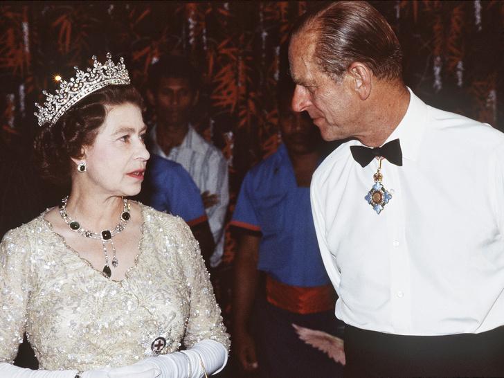 Фото №1 - Поступок Королевы, который обидел принца Филиппа