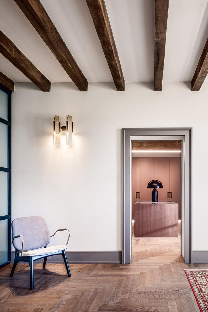 Фото №11 - Старый дом с современным интерьером в Италии