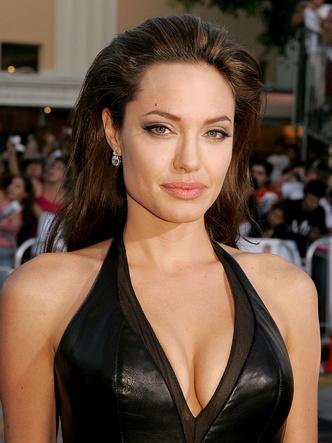 Фото №2 - Любимые мужчины и женщины Анджелины Джоли: 9 главных романов актрисы