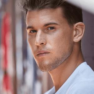 Фото №10 - Топ-10 самых горячих молодых теннисистов 🔥