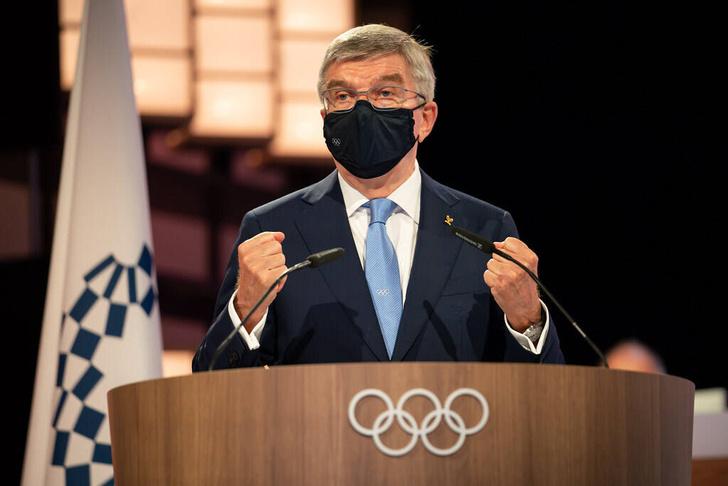 Фото №2 - Нашествие устриц, сбежавший штангист и отстранение России: чем запомнится начало Олимпиады в Токио