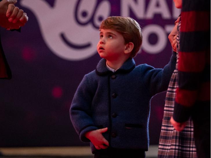 Фото №2 - Маленький джентльмен: первый светский выход принца Луи покорил поклонников