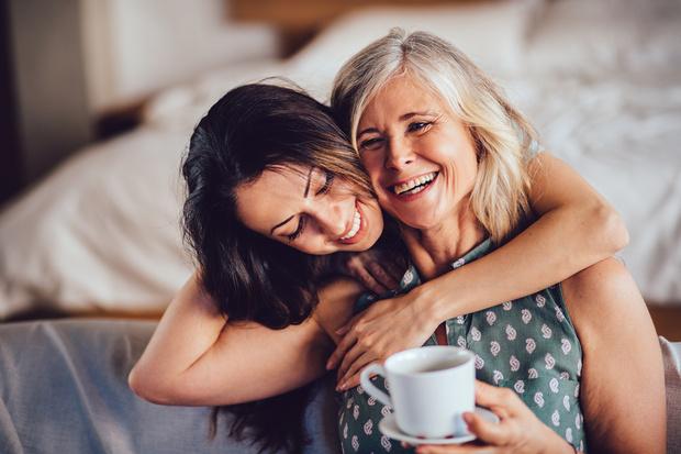 Фото №1 - 11 бесценных советов о любви от наших мам