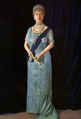 Фото №2 - Любимая портниха королевы Марии и герцогини Йоркской: как Элизабет Хэндли-Сеймур изменила моду