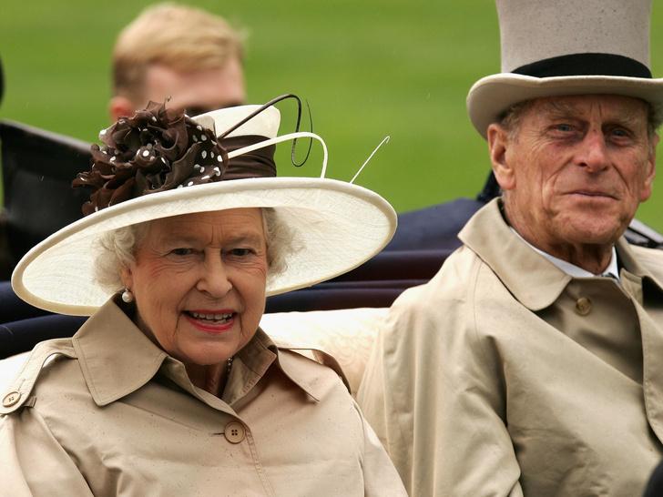 Фото №1 - Загадки Короны: неизвестный секрет обручального кольца Елизаветы II