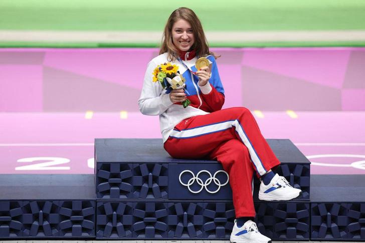 Фото №1 - Охотилась на уток и настреляла два рекорда за Олимпиаду: кто такая Виталина Бацарашкина