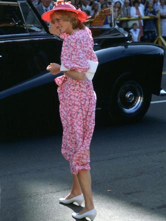 Фото №6 - От персикового до фуксии: как принцесса Диана носила розовый цвет (и почему он ей так шел)