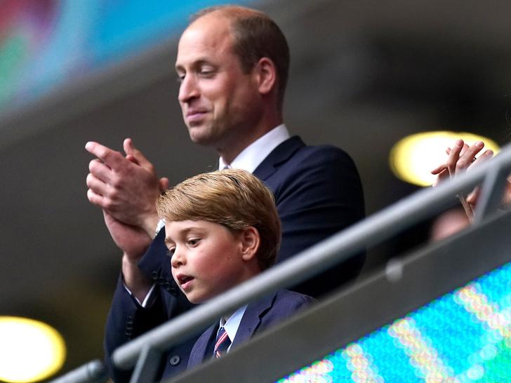 Фото №1 - Именинная традиция Джорджа Кембриджского, которая сводит с ума принца Уильяма