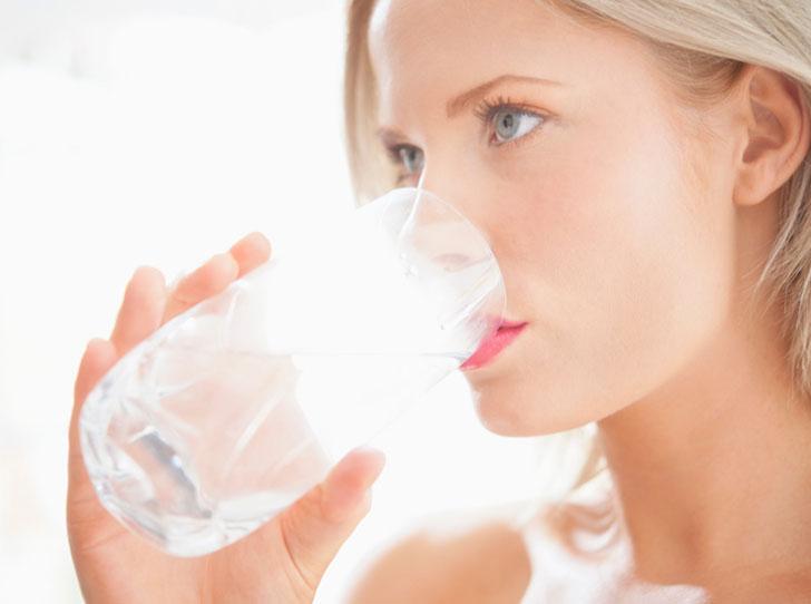 Фото №14 - Добавь воды: 5 ежедневных ошибок при увлажнении кожи