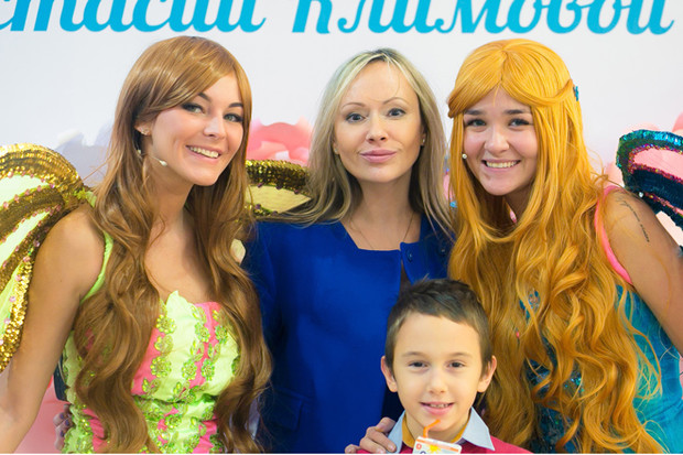 Фото №1 - Оксана Федорова организовала детский показ мод