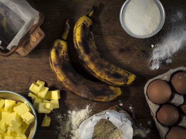 Фото №5 - Рецепты Королевы: как готовить любимый банановый хлеб Елизаветы