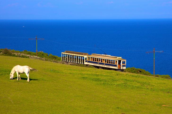 Фото №1 - Паровозом, трамваем, конкой: аутентичный транспорт острова Мэн