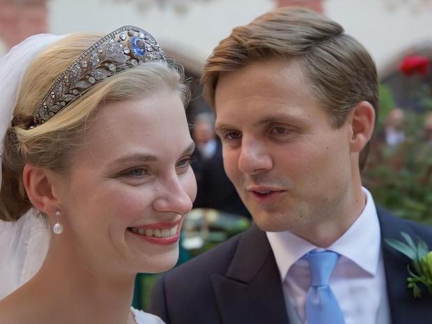 Фото №1 - Принц и герцогиня: как прошла самая королевская свадьба Австрии