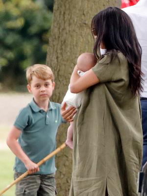 Фото №3 - Долгожданная встреча: когда Джордж, Шарлотта и Луи увидятся с Арчи Сассекским