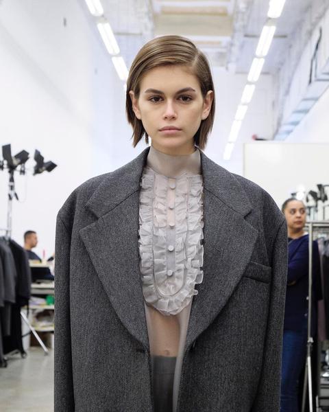 Фото №7 - 10 самых модных причесок, которые ты будешь носить весной 2021