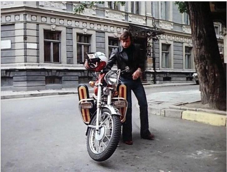 Фото №5 - С дымком: 5 фактов о мотоциклах «Ява», которые боготворили в СССР