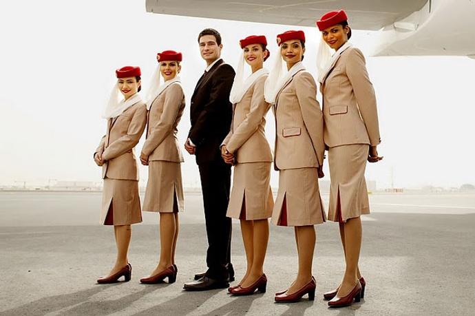форма стюардессы фото Emirates