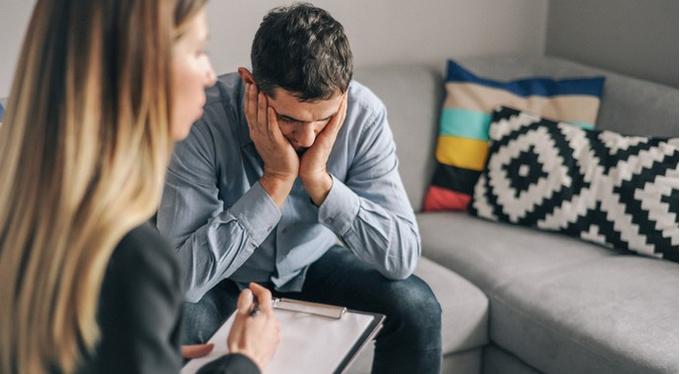 Как убедить близкого пойти на терапию