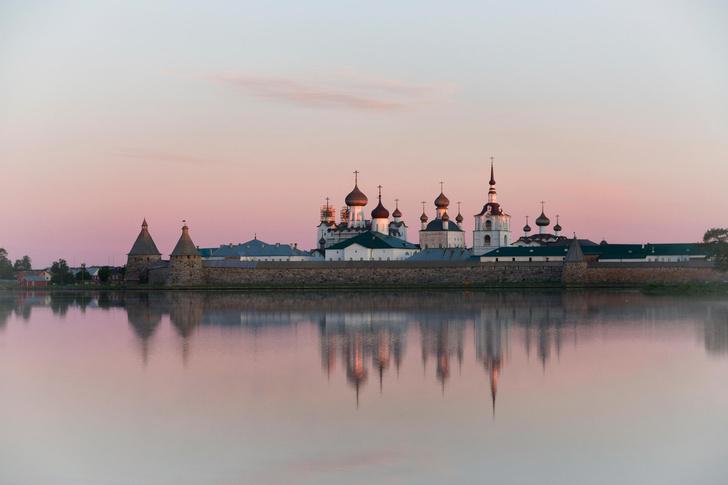 Фото №1 - 7 мест в России, которые круто смотрятся с воды