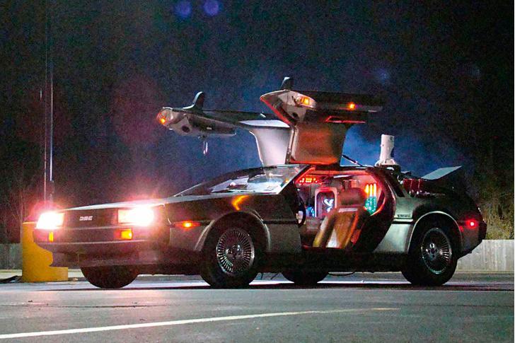 Фото №1 - 11 увлекательных фактов о самой лучшей машине времени